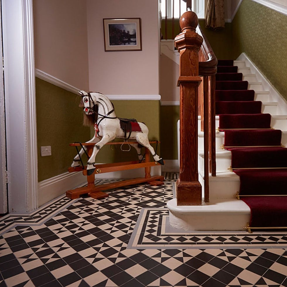 Braemar A Victorian Style Square Stars Floor Tile Pattern