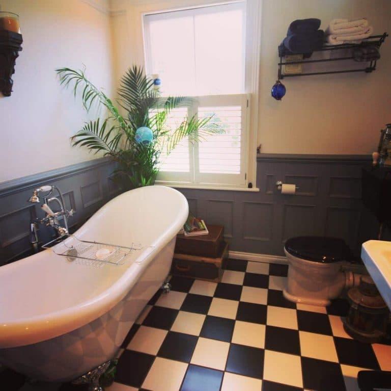 Victorian style tiles black white